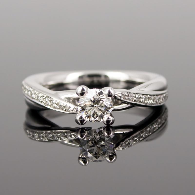 Juwelier Goldhaus Echte Verlobungsringe Eheringe Ein Leben Lang