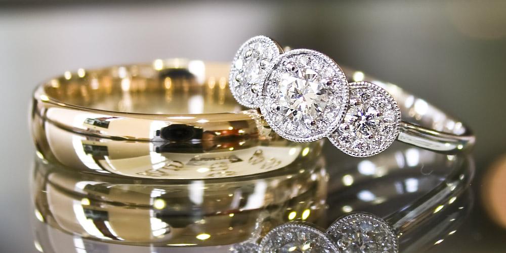 juwelier goldhaus echte verlobungsringe eheringe ein. Black Bedroom Furniture Sets. Home Design Ideas
